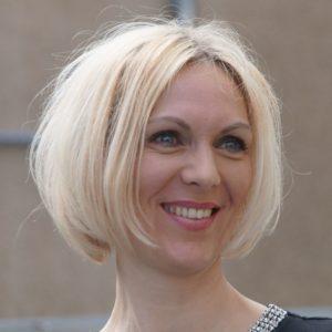 Jana Hinze
